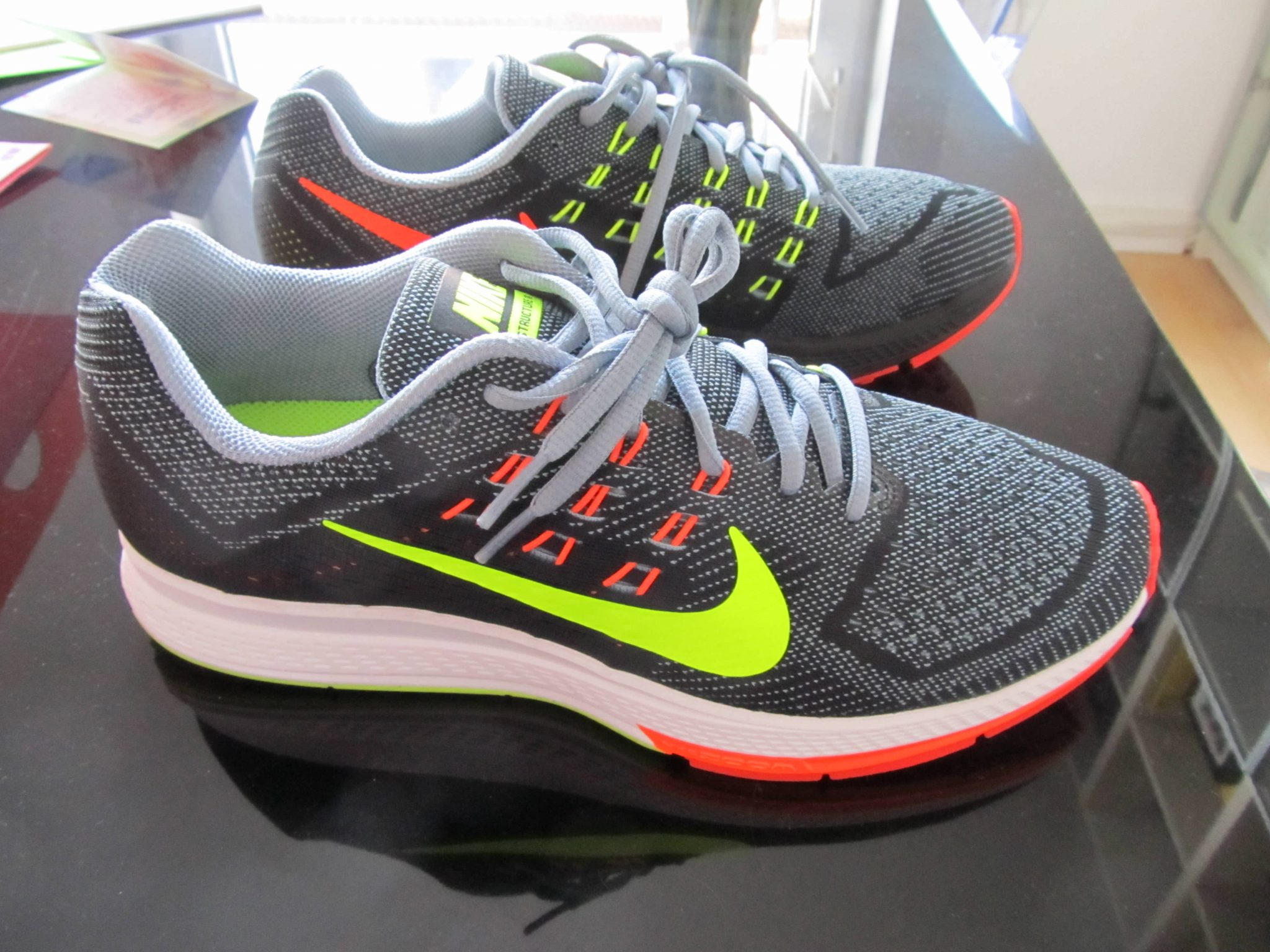 Nike Air Zoom Structure 18-2