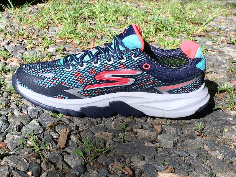 Skechers Performance GOmeb Strada 2-2